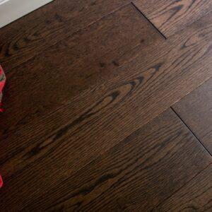 "photo of 5"" Red Oak Livesawn Saddleback hardwood flooring from our Rangeley collection"
