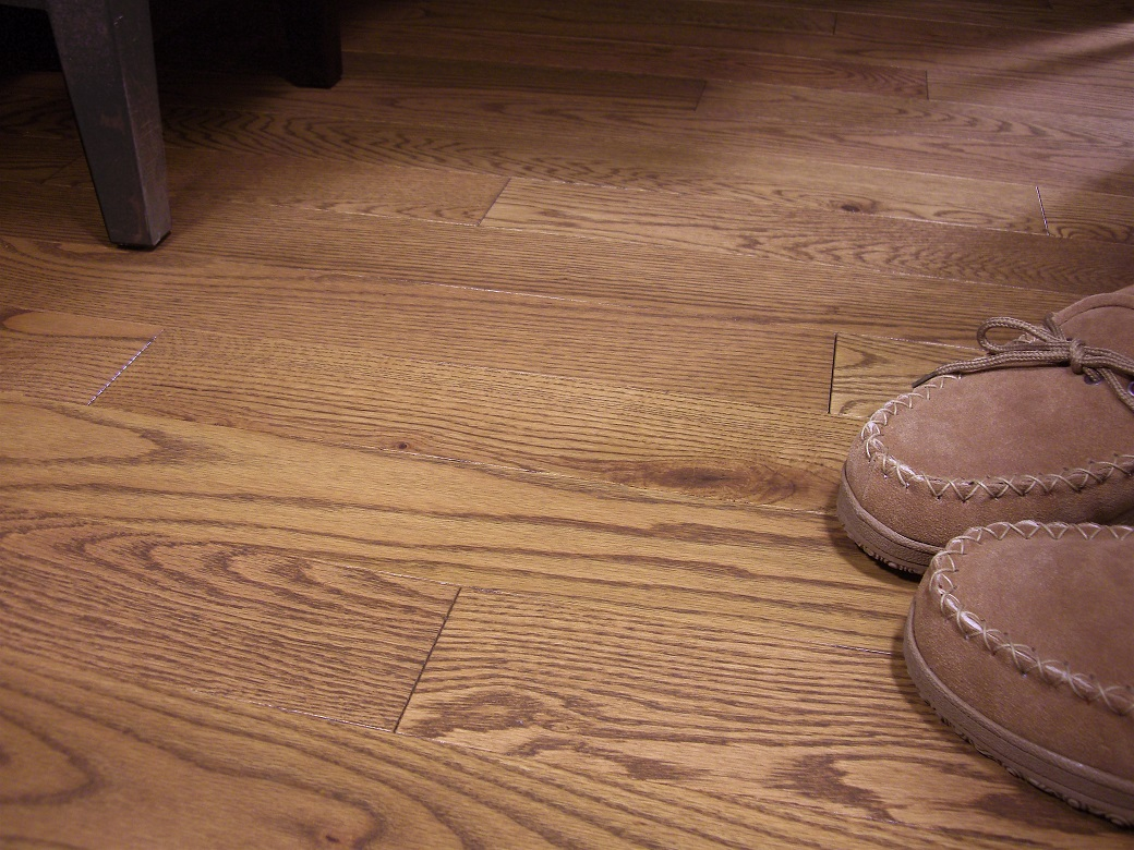 photo of Red Oak Suede hardwood flooring from our classic collection