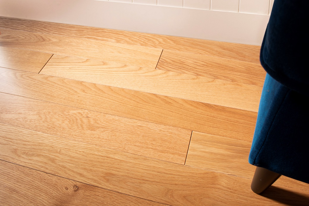 photo of White Oak Premium hardwood flooring from our classic collection